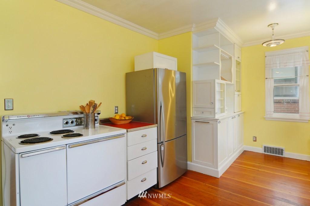 Sold Property | 8006 Stroud Avenue N Seattle, WA 98103 9