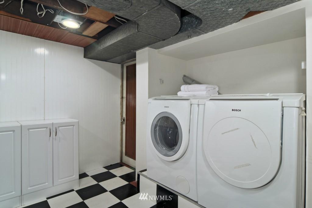 Sold Property | 8006 Stroud Avenue N Seattle, WA 98103 17