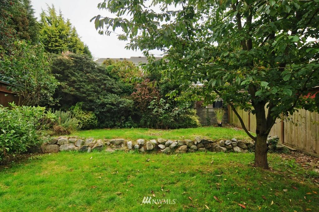 Sold Property | 8006 Stroud Avenue N Seattle, WA 98103 20