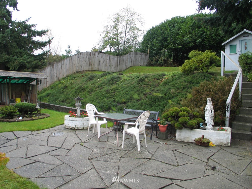 Sold Property | 10327 9th Avenue NW Seattle, WA 98177 13