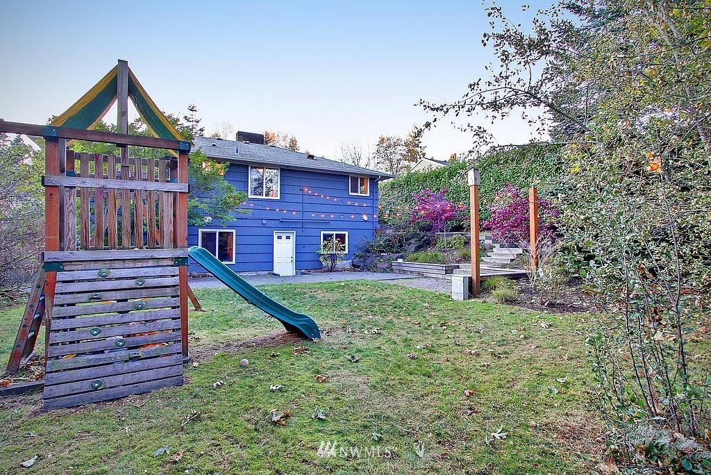 Sold Property   14040 26th Avenue NE Seattle, WA 98125 17