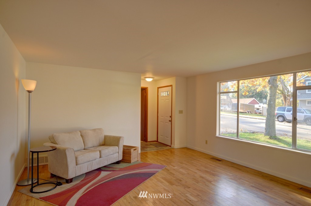 Sold Property | 14419 40 Avenue W Lynnwood, WA 98037 1