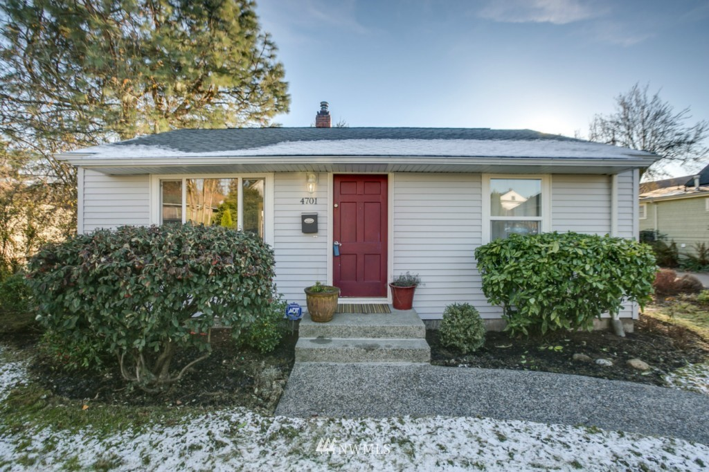 Sold Property | 4701 S Lucile Street Seattle, WA 98118 0