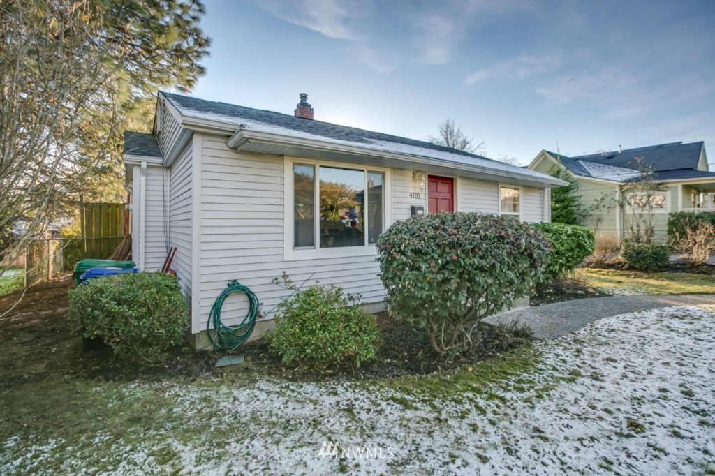 Sold Property | 4701 S Lucile Street Seattle, WA 98118 18