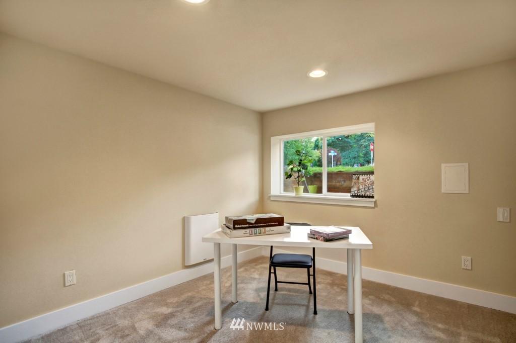 Sold Property   1900 NE 80th Street Seattle, WA 98115 15