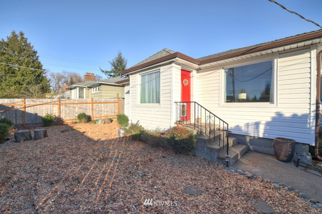 Sold Property | 9240 3rd Avenue NW Seattle, WA 98117 0