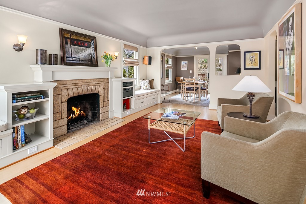 Sold Property | 5011 37th Avenue NE Seattle, WA 98105 1
