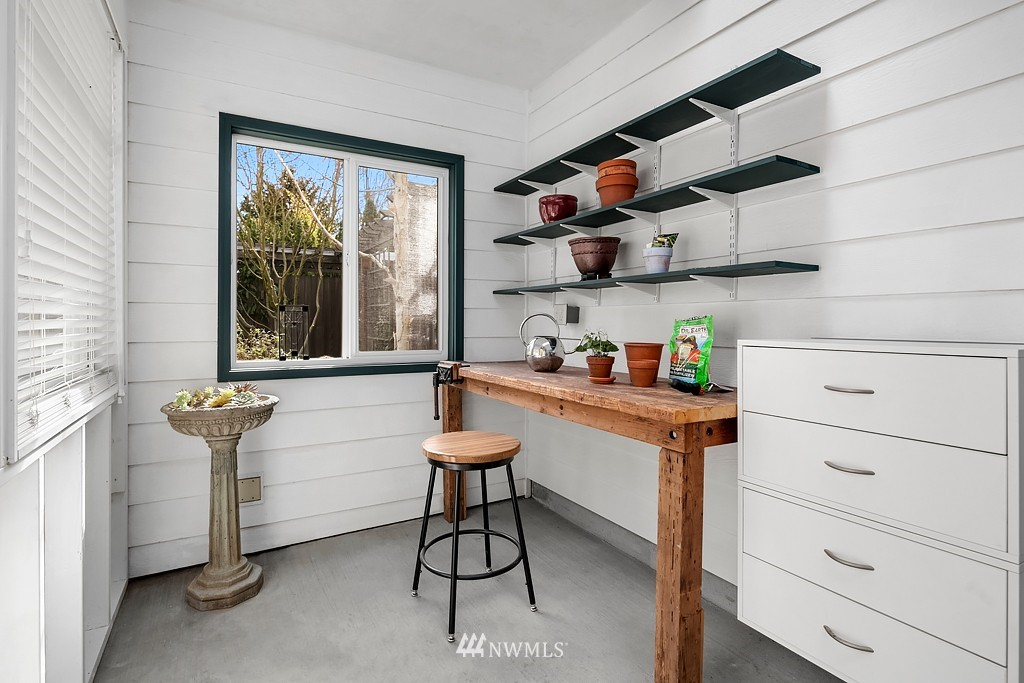 Sold Property | 5011 37th Avenue NE Seattle, WA 98105 11
