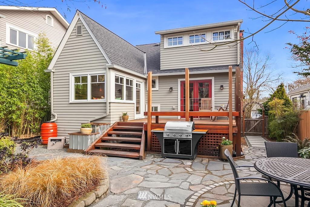 Sold Property | 5011 37th Avenue NE Seattle, WA 98105 12