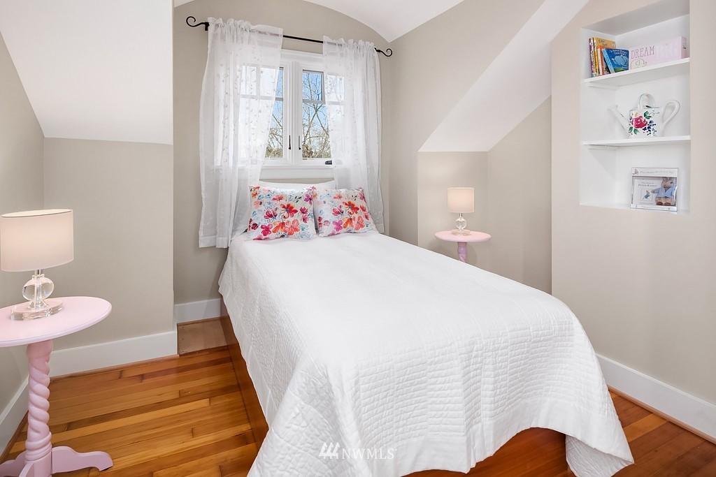 Sold Property | 5011 37th Avenue NE Seattle, WA 98105 17
