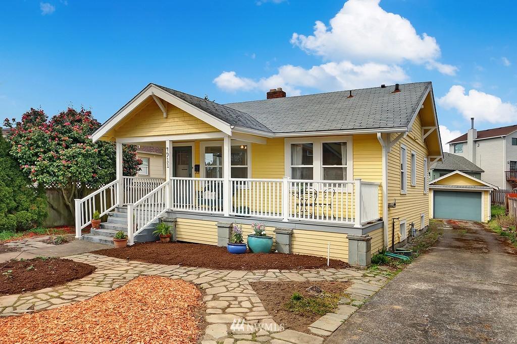 Sold Property   4911 Erskine Way SW Seattle, WA 98116 0