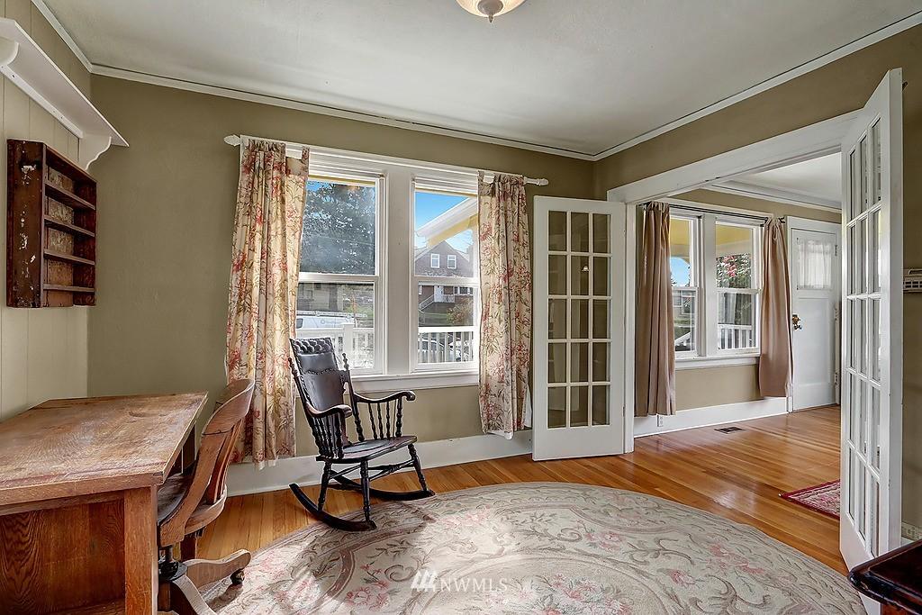 Sold Property   4911 Erskine Way SW Seattle, WA 98116 5