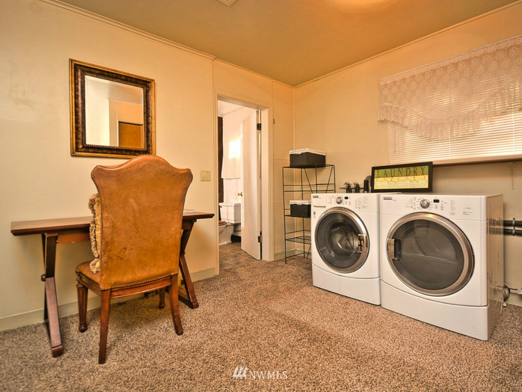 Sold Property   6809 NE 166th Court Kenmore, WA 98028 10