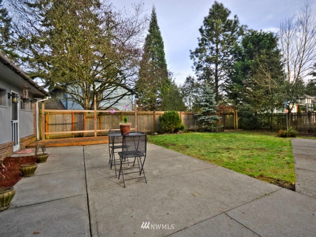 Sold Property | 6809 NE 166th Court Kenmore, WA 98028 12