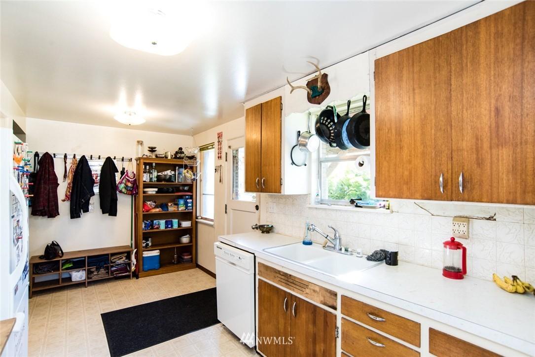 Sold Property | 7002 25th Avenue NE Seattle, WA 98115 7
