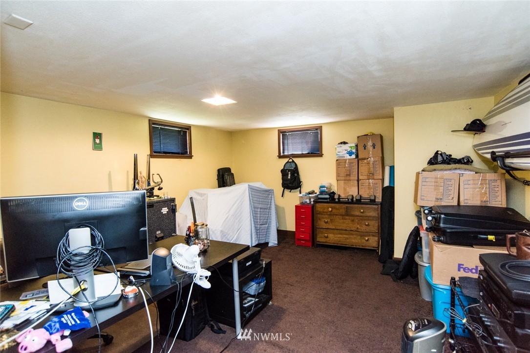 Sold Property | 7002 25th Avenue NE Seattle, WA 98115 14