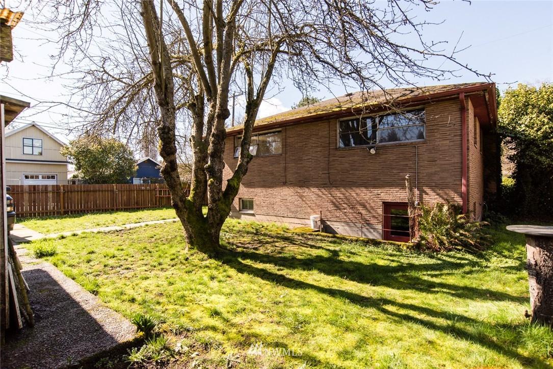 Sold Property | 7002 25th Avenue NE Seattle, WA 98115 18