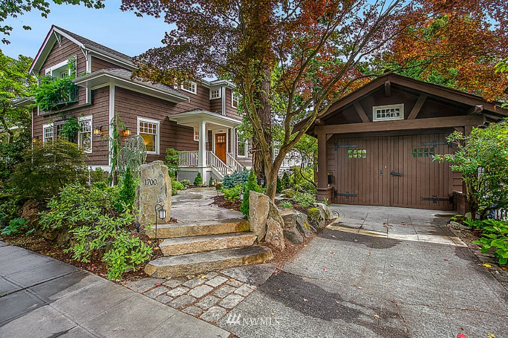 Sold Property | 1700 36th Avenue Seattle, WA 98122 0