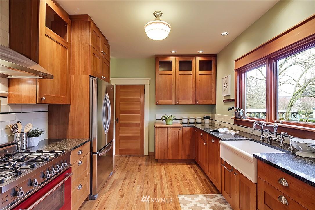 Sold Property | 606 NW 82nd Street Seattle, WA 98117 5