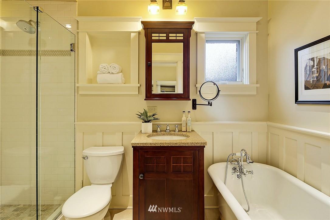Sold Property | 606 NW 82nd Street Seattle, WA 98117 8