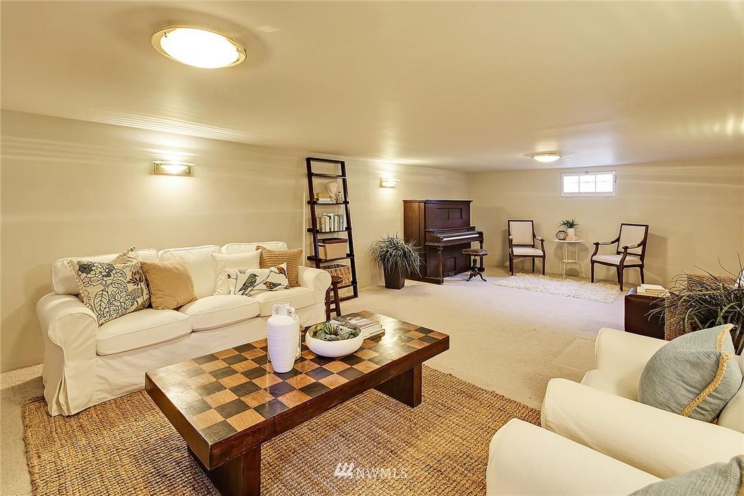Sold Property | 606 NW 82nd Street Seattle, WA 98117 13
