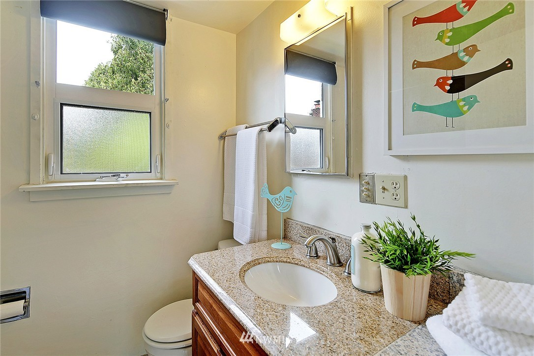 Sold Property   5109 Keystone Place N Seattle, WA 98103 10
