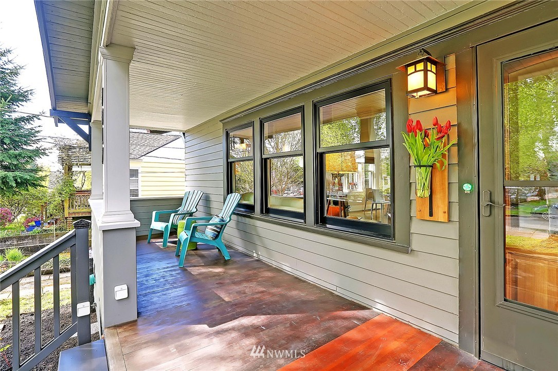 Sold Property | 7017 12th Avenue NW Seattle, WA 98117 1