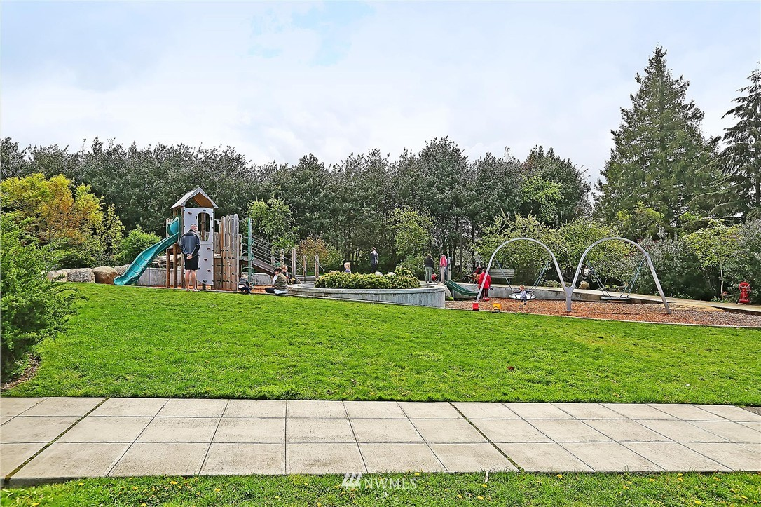 Sold Property | 7017 12th Avenue NW Seattle, WA 98117 23