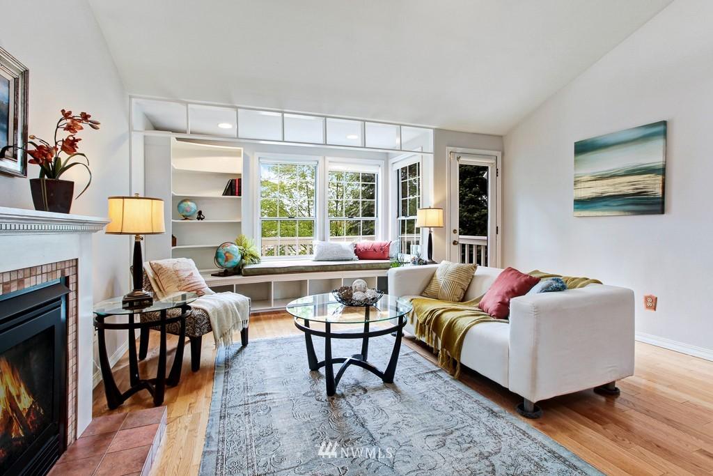 Sold Property | 1218 N Allen Place Seattle, WA 98103 1