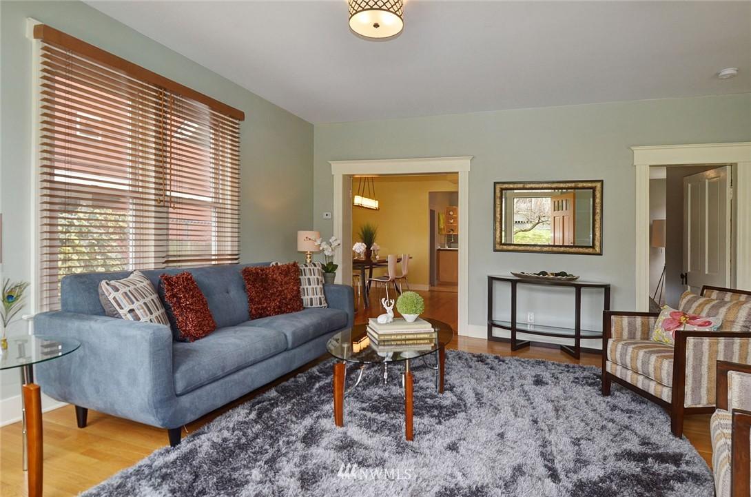 Sold Property   1523 E Alder Street Seattle, WA 98122 4