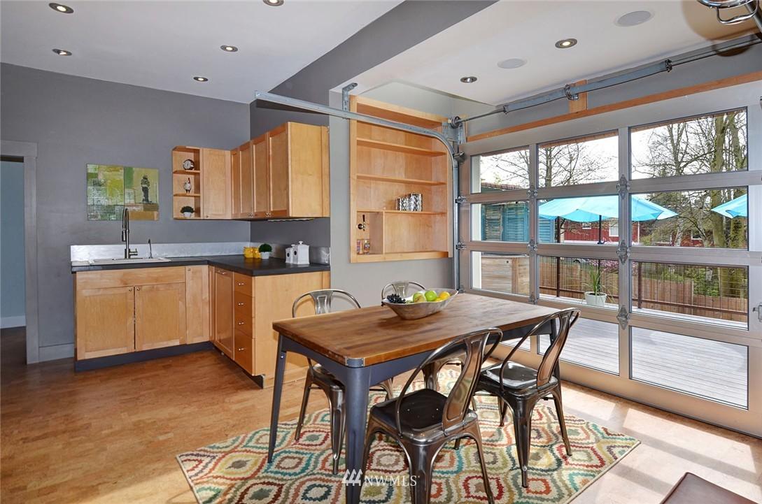 Sold Property   1523 E Alder Street Seattle, WA 98122 9
