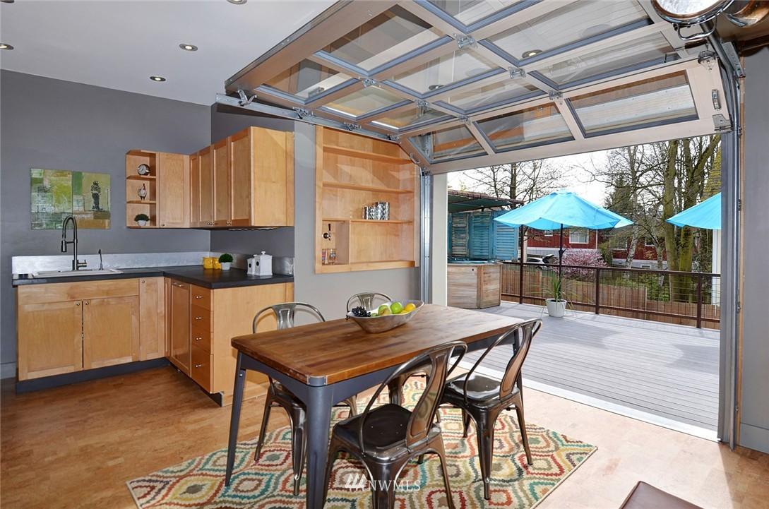 Sold Property   1523 E Alder Street Seattle, WA 98122 10