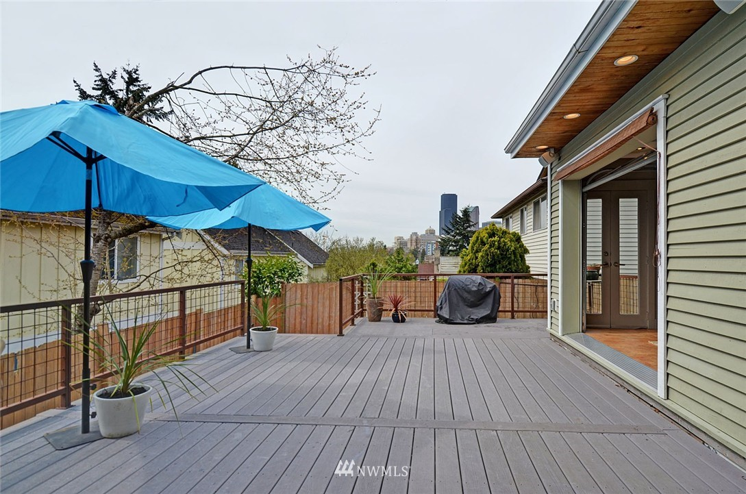Sold Property   1523 E Alder Street Seattle, WA 98122 14
