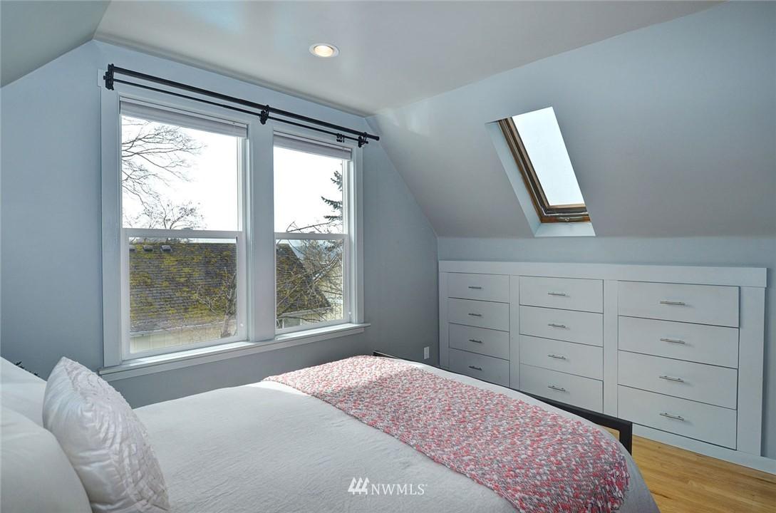 Sold Property   1523 E Alder Street Seattle, WA 98122 18
