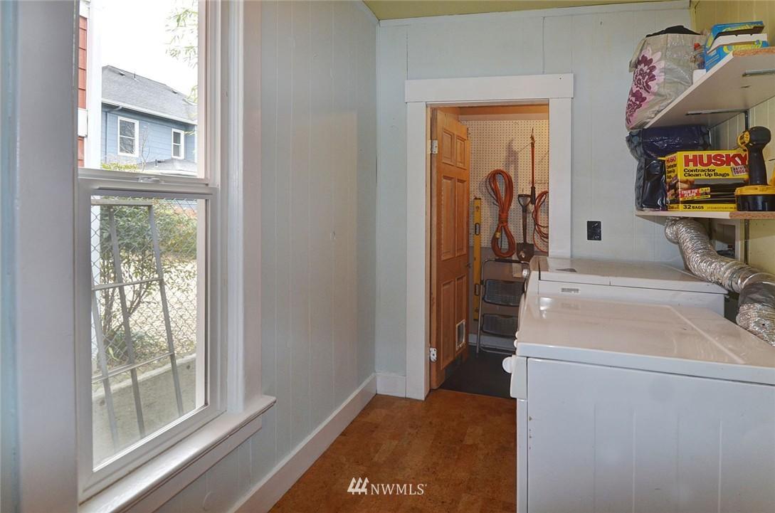 Sold Property   1523 E Alder Street Seattle, WA 98122 23