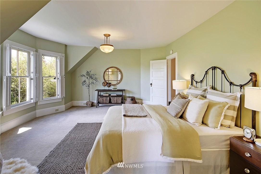 Sold Property | 8505 220th Place SW Edmonds, WA 98026 10
