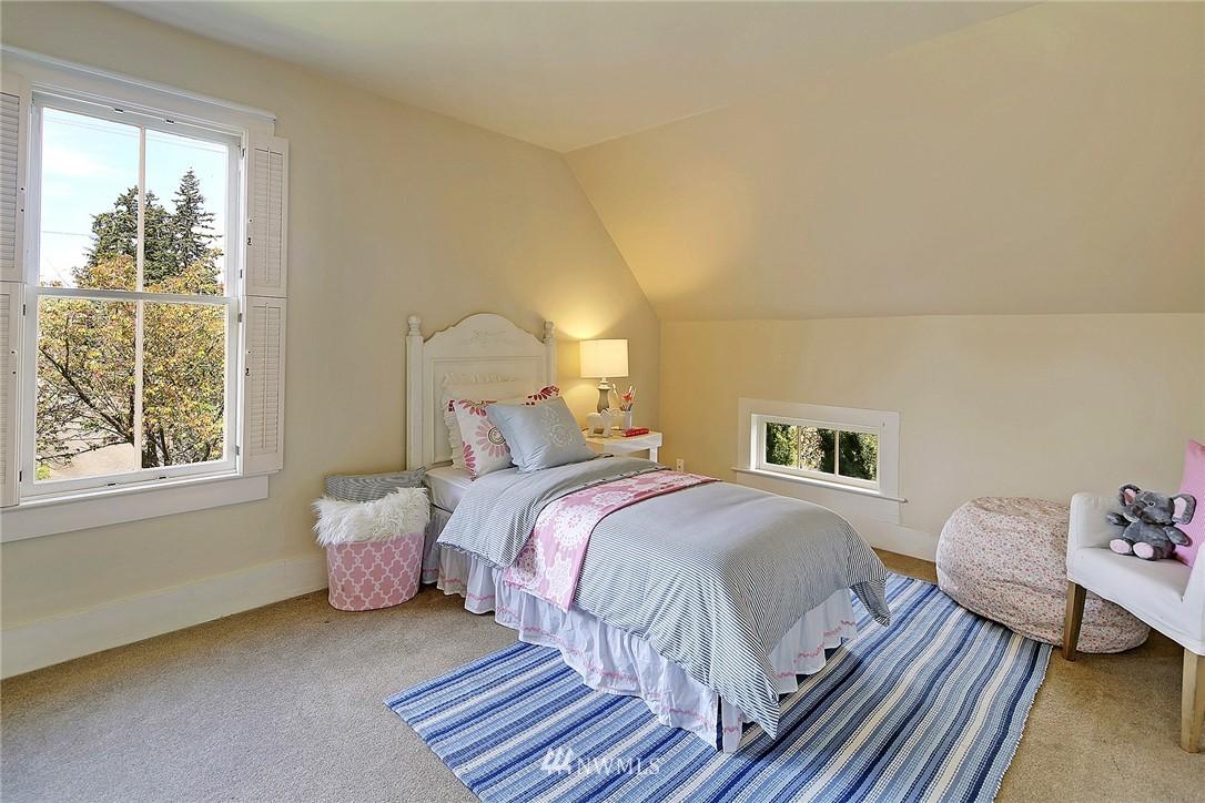 Sold Property | 8505 220th Place SW Edmonds, WA 98026 12