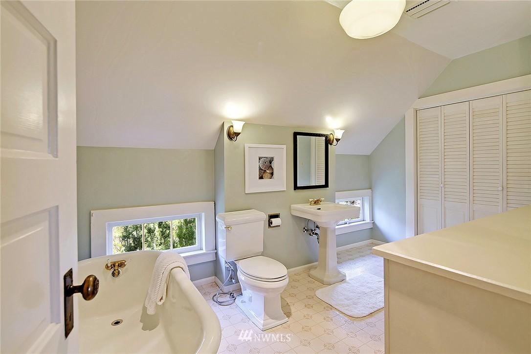 Sold Property | 8505 220th Place SW Edmonds, WA 98026 14