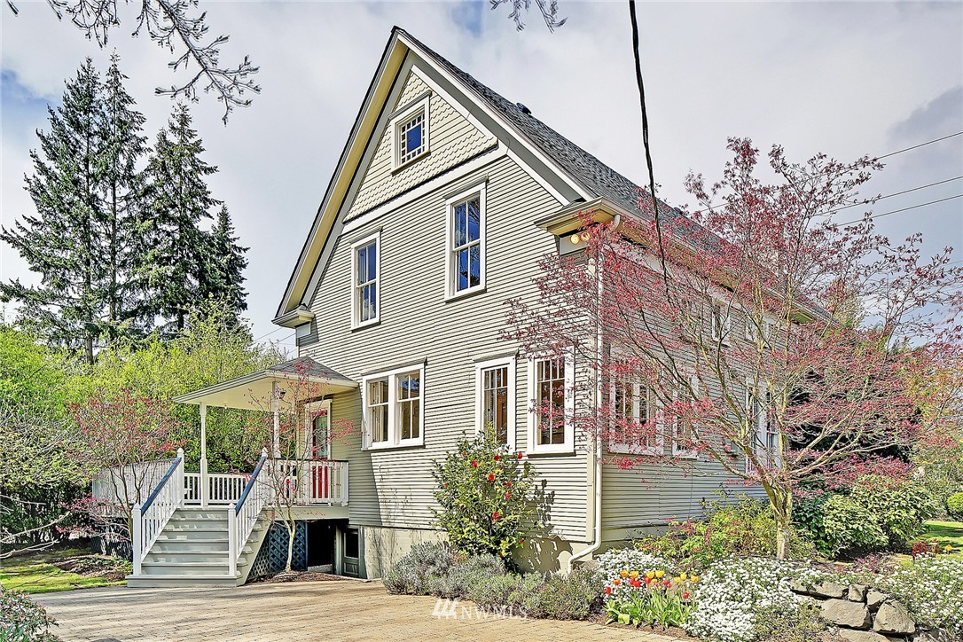 Sold Property | 8505 220th Place SW Edmonds, WA 98026 24