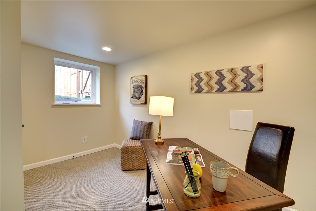 Sold Property | 5911 8th Avenue NE Seattle, WA 98105 19