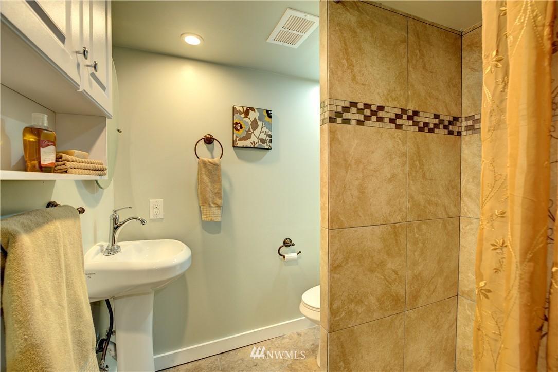 Sold Property | 5911 8th Avenue NE Seattle, WA 98105 18