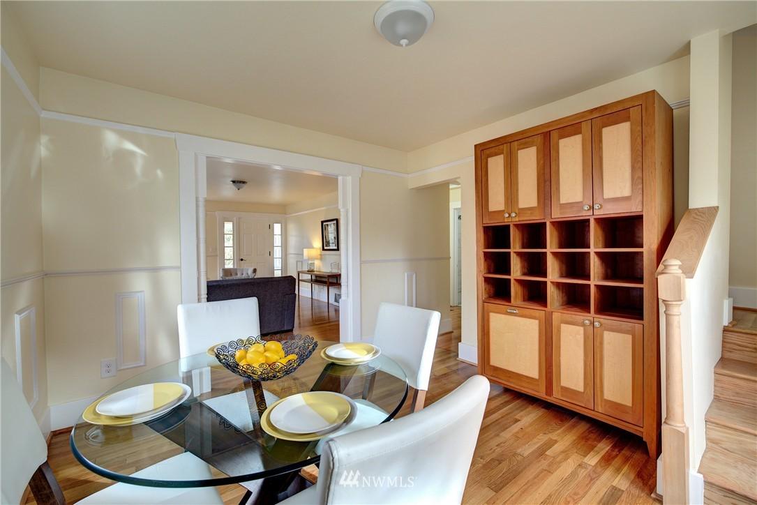 Sold Property | 5911 8th Avenue NE Seattle, WA 98105 9