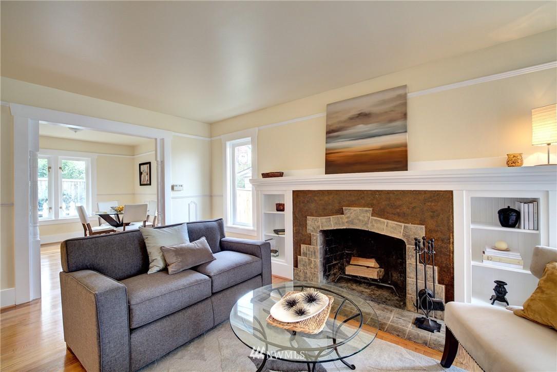 Sold Property | 5911 8th Avenue NE Seattle, WA 98105 4