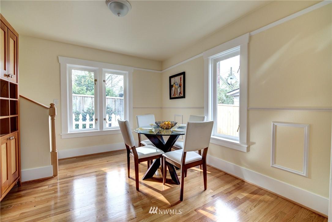 Sold Property | 5911 8th Avenue NE Seattle, WA 98105 7