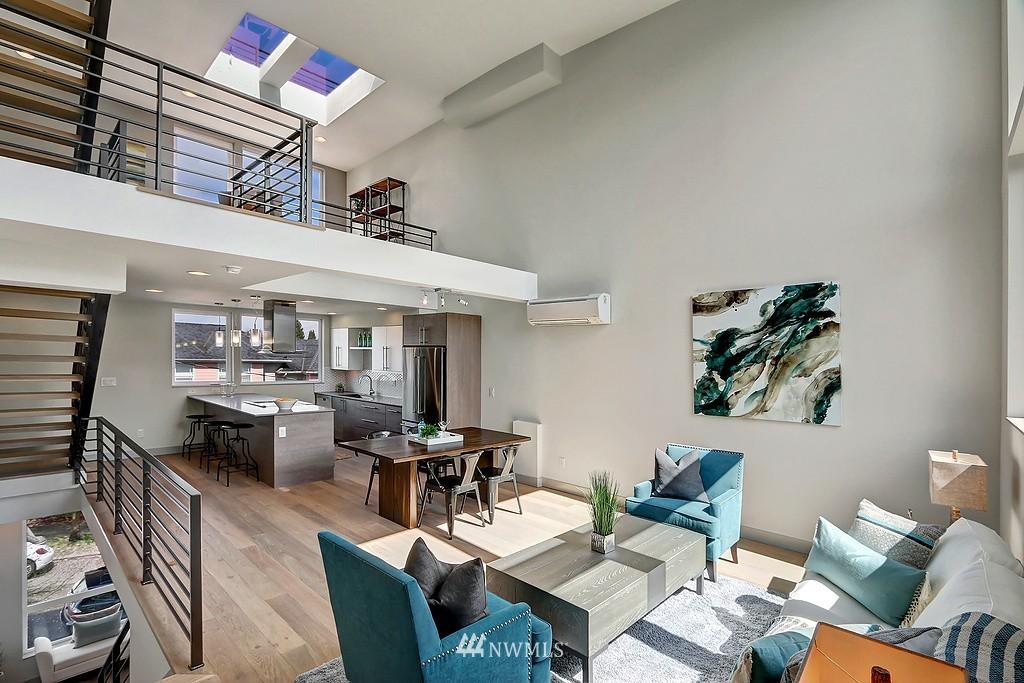Sold Property   1917 E Denny Way Seattle, WA 98122 5