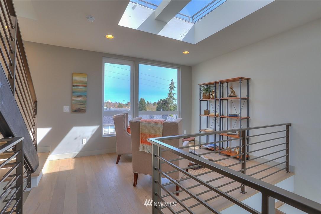 Sold Property   1917 E Denny Way Seattle, WA 98122 14