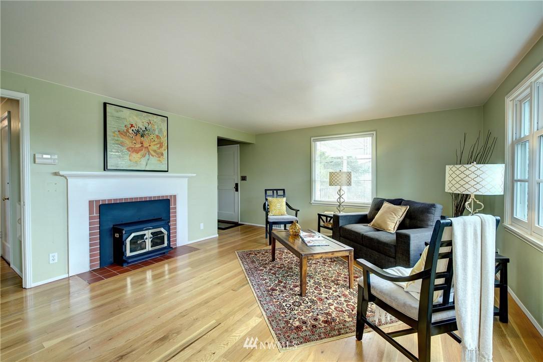 Sold Property | 9019 2nd Avenue NE Seattle, WA 98115 2