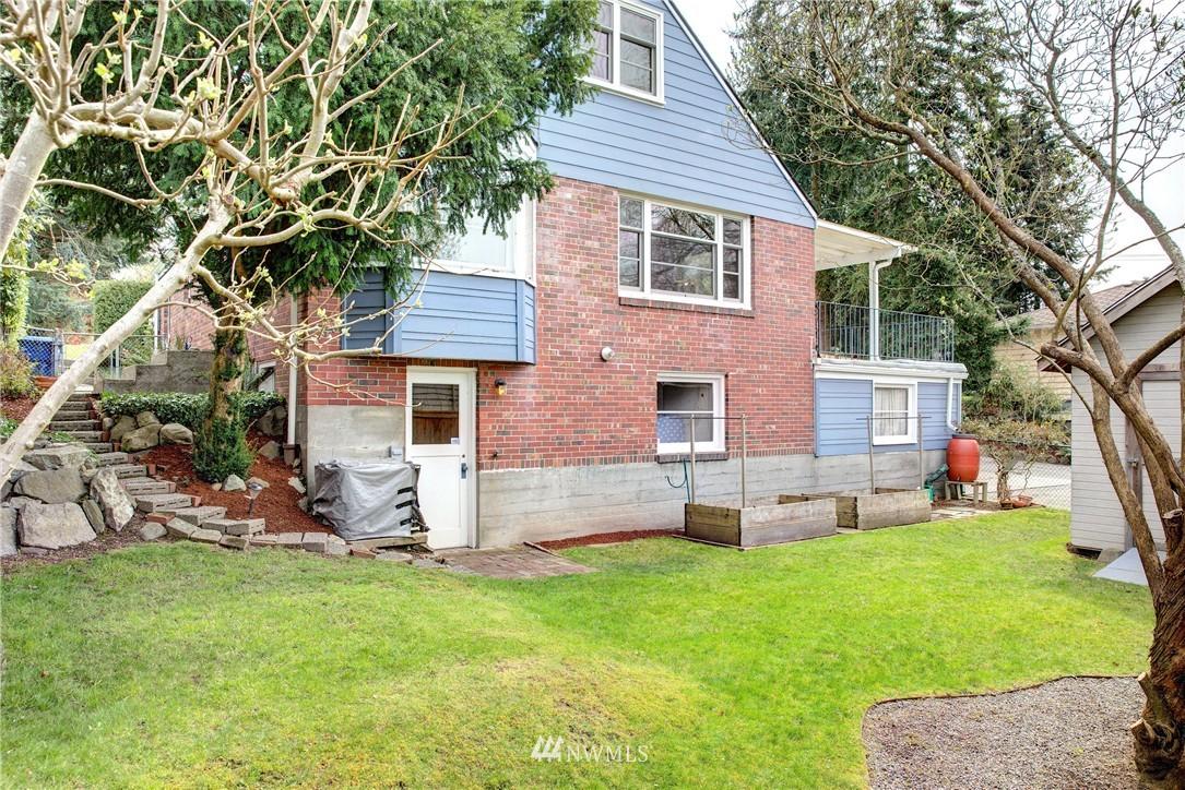 Sold Property | 9019 2nd Avenue NE Seattle, WA 98115 17