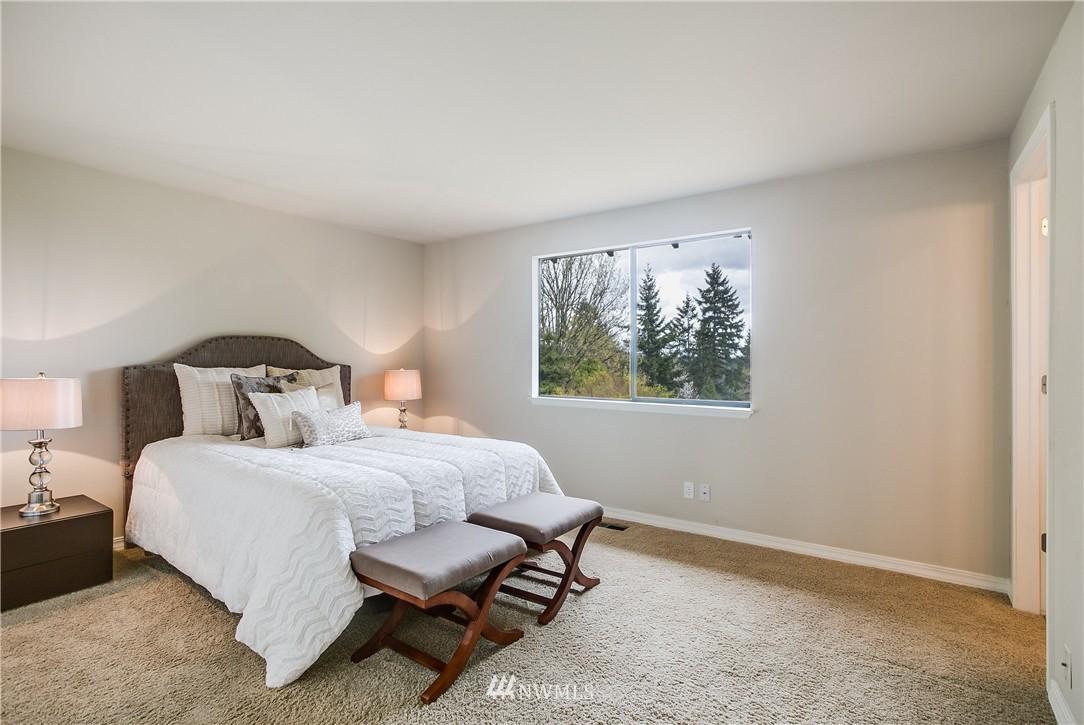 Sold Property   13916 94th Avenue NE Kirkland, WA 98034 9
