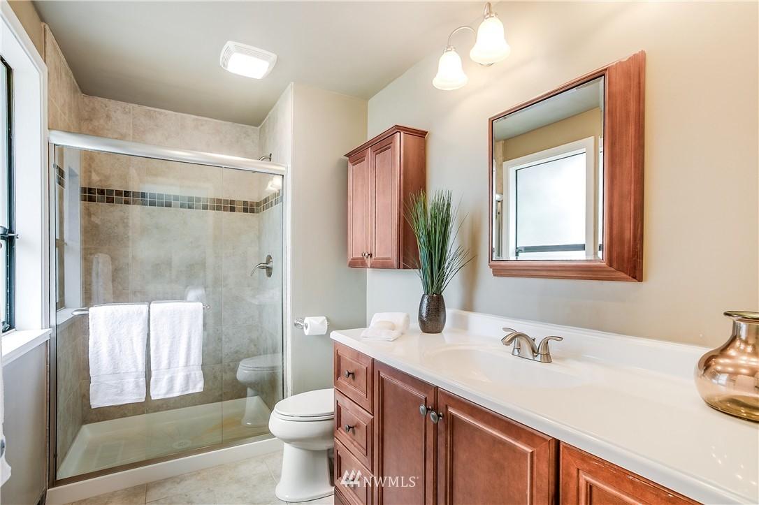 Sold Property   13916 94th Avenue NE Kirkland, WA 98034 10